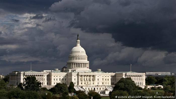 USA Haushalt l Kongress billigt Haushaltskompromiss (picture alliance/AP Images/J. Scott Applewhite)