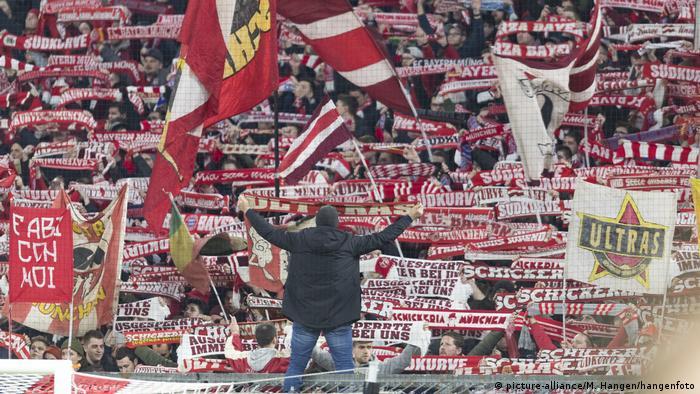 Fussball Bundesliga FC Bayern München - FC Schalke 04