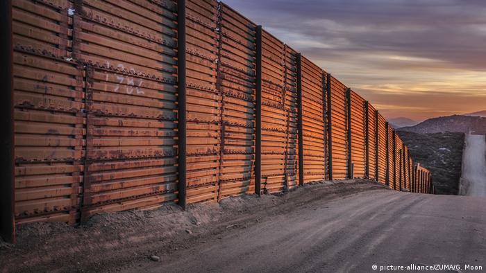 Wall at US-Mexico border