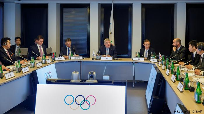 Schweiz Lausanne - International Olympic Committee IOC mit Thomas Bach (Reuters/S. Di Nolfi)