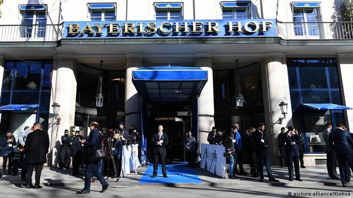 55. Münchner Sicherheitskonferenz - Hotel Bayerischer Hof (picture-alliance/Xinhua)