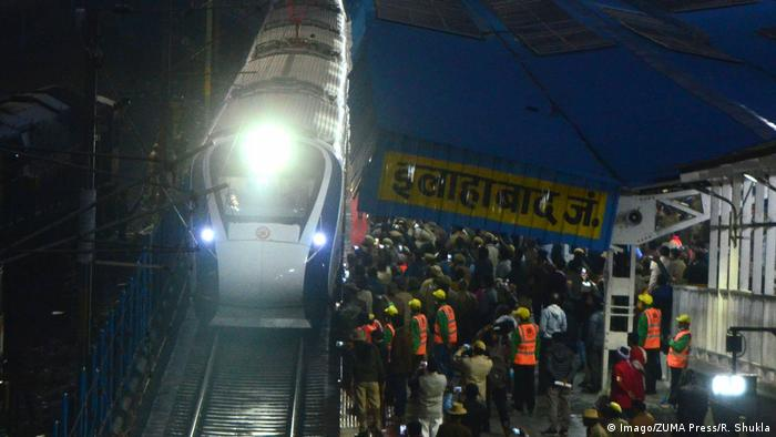 Indien New Delhi - Vande Bharat Express (Imago/ZUMA Press/R. Shukla)