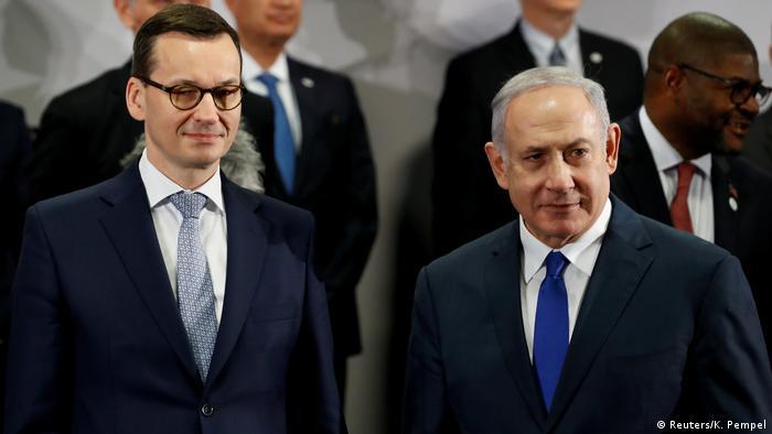 Премьер-министр Польши Матеуш Моравецкий (слева) и премьер-министр Израиля Биньямин Нетаньяху