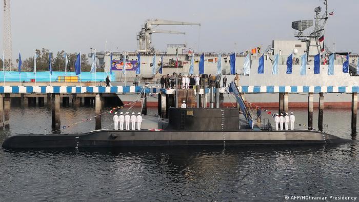 Iran Bandar Abbas Enthüllung neues U-Boot (AFP/HO/Iranian Presidency)