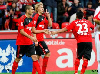 Jubel Spieler Bayer Leverkusen (Foto: dpa)