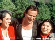 Joan Baez, Konstantin Wecker y Mercedes Sosa, en 1988.