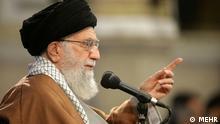Ali Khamenei, der iranische Führer, am 18.02.2018 in East-Aserbaidschan, Iran