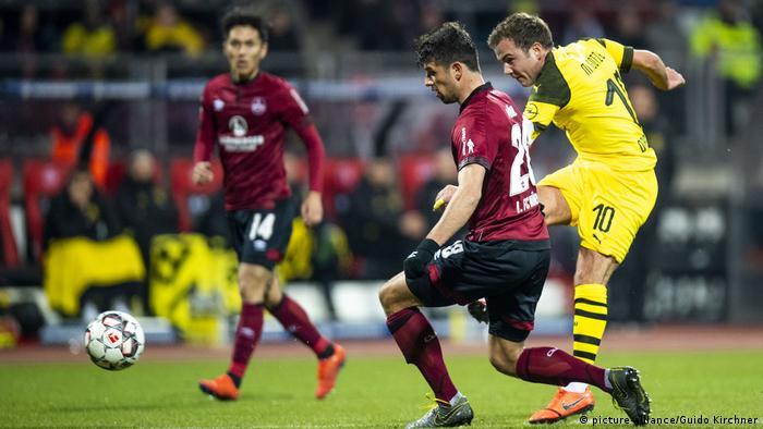 Bundesliga 1. FC Nürnberg - Borussia Dortmund (picture-alliance/Guido Kirchner)