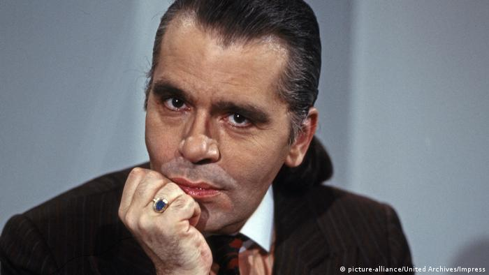 Karl Lagerfeld 1980 (picture-alliance/United Archives/Impress)