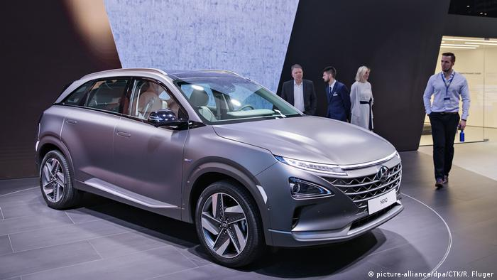 Schweiz | Hyundai Nexo | International Motor Show in Geneva (picture-alliance/dpa/CTK/R. Fluger)