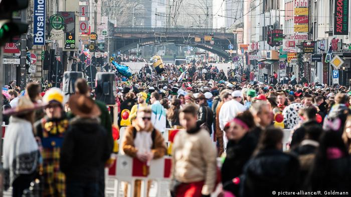 Карнавал у Кельні