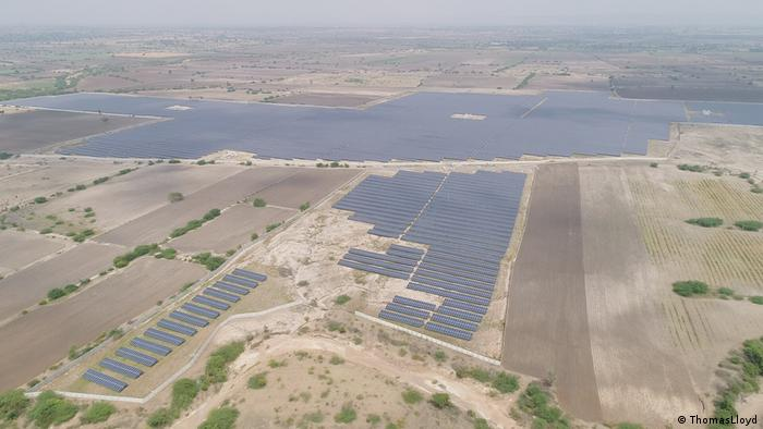 Indien Solaranlage Karnataka (ThomasLloyd)