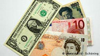 Geld, Geldscheine Dollar, Yen, Euro und Britisches Pfund (Foto: ullstein)