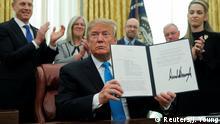 USA Trump unterschreibt die Richtline zur Gründung einer Weltraumtruppe