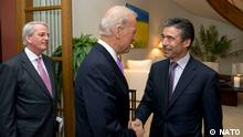 100506c-001 Breakfast meeting between NATO Secretary General, Anders Fogh Rasmussen and US Vice President, Joe Biden