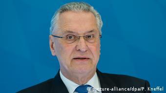 Joachim Herrmann (picture-alliance/dpa/P. Kneffel)