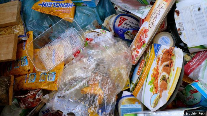 Çöpe atılan gıda maddeleri