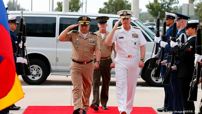 USA Admiral Craig S. Faller und General Luis Navarro Jimenez (Getty Images/AFP/R. Wise)