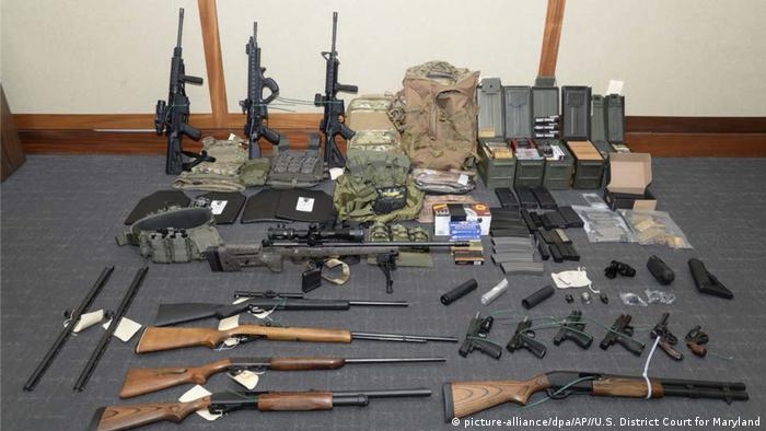 Weapons and ammunition at Hasson's home (picture-alliance/dpa/AP//U.S. District Court for Maryland)
