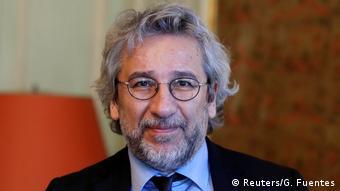 Ο πρώην αρχισυντάκτης της Cumhuriyet Τζαν Ντούνταρ ζει σήμερα εξόριστος στο Βερολίνο.