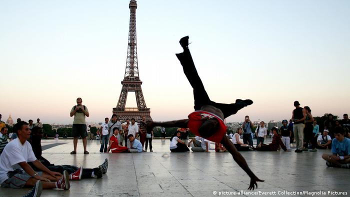 A breakdancer in Paris