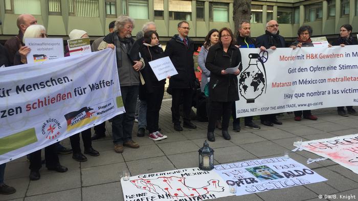 Protestas en Alemania contra el fabricante de armamento Heckler & Koch