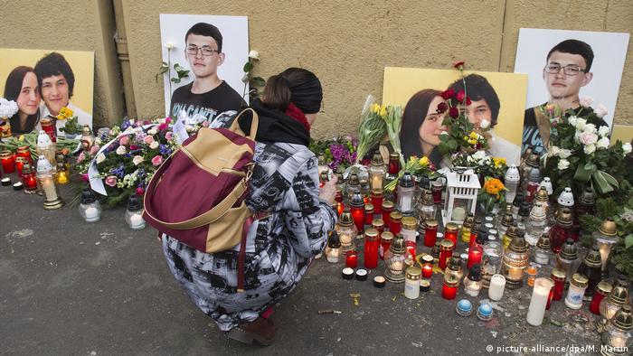 Gedenken an Jan Kuciak und seine Verlobte Martina Kusnirova in der Hauptstadt Bratislava (Foto: Archivfoto)(picture-alliance/dpa/M. Martin)