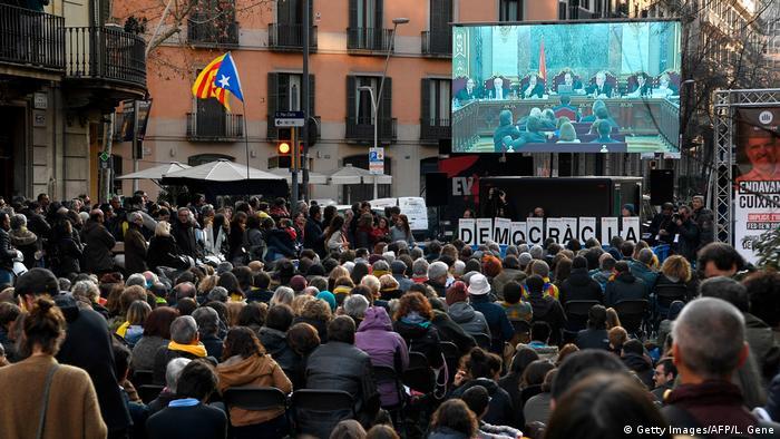 Spanien, Barcelona: Generalstreik in Katalonien (Getty Images/AFP/L. Gene)