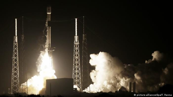 USA, Cape Canaveral: Israel schickt Raumsonde zum Mond (picture-alliance/dpa/T. Renna)