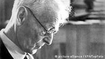 سنة 1946 حاز هيسه على جائزة نوبل للآداب