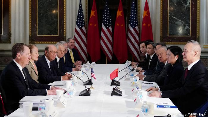 USA Handelsgespräche mit China in Washington | Lighthizer & Mnuchin & Ross & Liu He (Getty Images/AFP/M. Ngan)