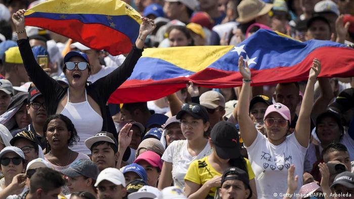 Kolumbien Konzert an der Grenze zu Venezuela (Getty Images/AFP/P. Arboleda)