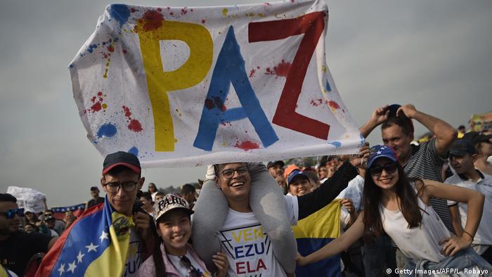 Kolumbien Konzert an der Grenze zu Venezuela (Getty Images/AFP/L. Robayo)