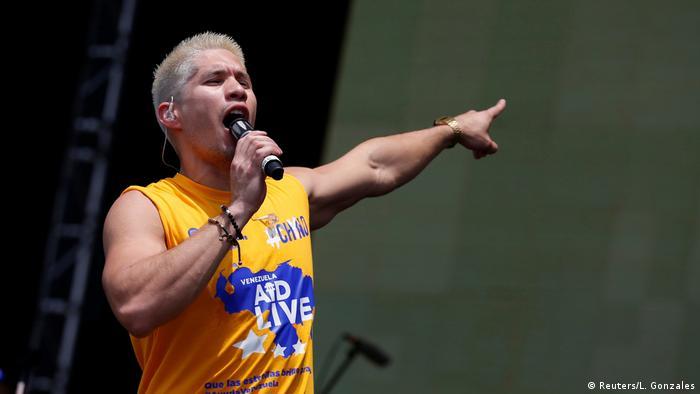 Kolumbien Konzert an der Grenze zu Venezuela | Chyno Miranda (Reuters/L. Gonzales)
