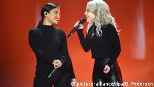 22.02.2019, Berlin: Das Duo S!sters steht beim Vorentscheid für den Eurovision Song Contest Unser Lied für Israel auf der Bühne. Das Finale des ESC findet am 18.05.2019 in Tel Aviv (Israel) statt. Foto: Britta Pedersen/dpa-Zentralbild/dpa +++ dpa-Bildfunk +++ | Verwendung weltweit
