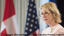 THE CANADIAN PRESS 2018-04-17. Kelly Craft, United States Ambassador to Canada, speaks to the Montreal Council on Foreign Relations in Montreal, Tuesday, April 17, 2018. The U.S. Embassy in Ottawa called police yesterday after receiving an envelope containing a suspicious white powder that was addressed to Ambassador Craft. THE CANADIAN PRESS/Graham Hughes URN:37018811 |