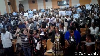 Angola Luanda Opposition CASA-CE Partei (DW/M. Luamba)