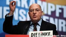 23.02.2019, Nordrhein-Westfalen, Bonn: Gregor Gysi, Vorsitzender der Europäischen Linken, spricht auf dem Parteitag. Die Partei die Linke trifft sich zu einem Bundesparteitag vom 22. bis zum 24.02.2019 in Bonn. Foto: Oliver Berg/dpa | Verwendung weltweit