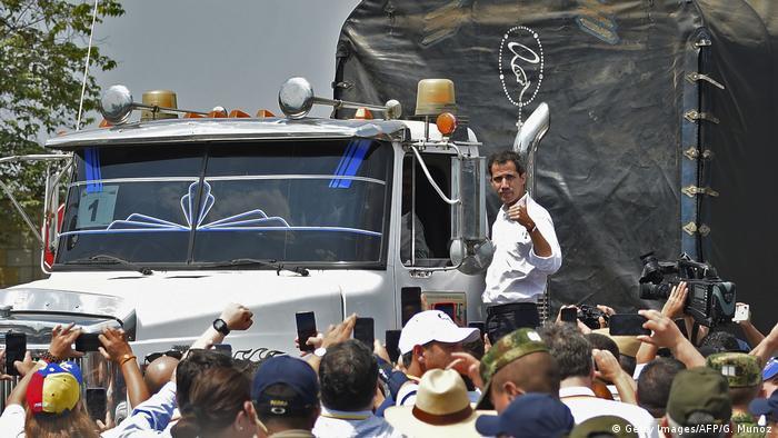 Der selbsternannte Interimspräsident Juan Guaidó in dem kolumbianischen Grenzort Cúcuta