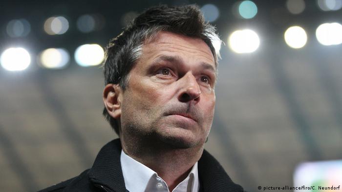Fußball FC Schalke 04 Manager Heidel tritt im Sommer zurück