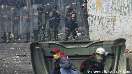 Maduro impede entrada de ajuda humanitária