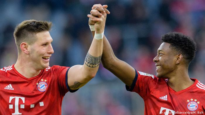 Bundesliga Bayern München - Hertha BSC Süle Alaba Jubel