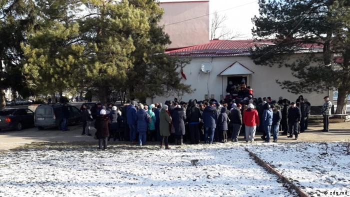 """Vot """"organizat"""" la Coșnița"""