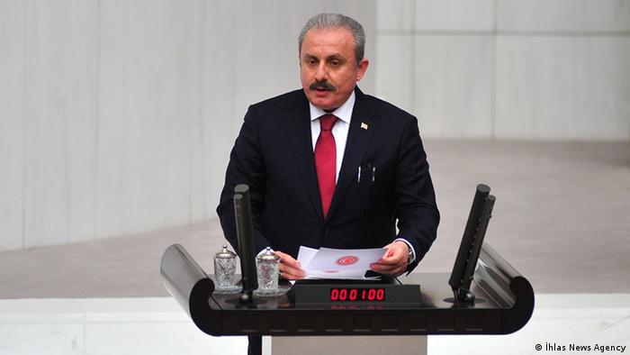 TBMM Başkanı Şentop, AYM kararının ardından eleştirilerin hedefinde.