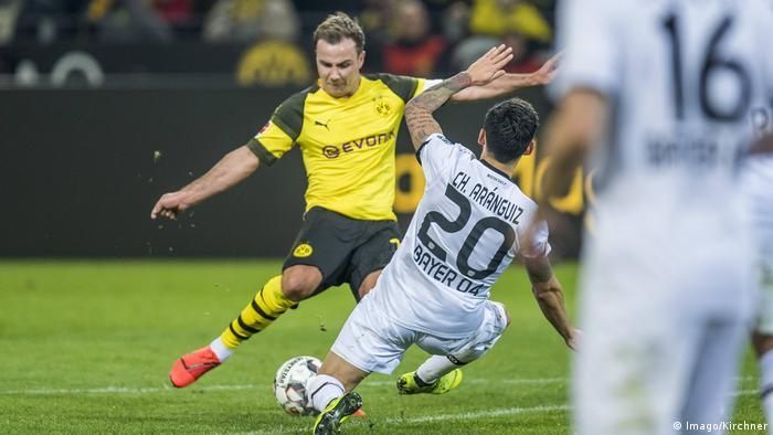 Dreh- und Angelpunkt im Dortmunder Spiel: Mario Götze (l.)