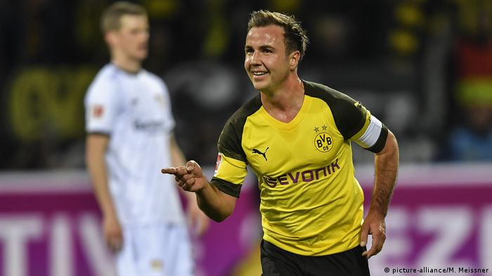 Fußball Bundesliga Borussia Dortmund v Bayer Leverkusen Tor durch Mario Goetze