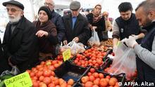 Türkei Regierung verkauft verbilligtes Obst und Gemüse