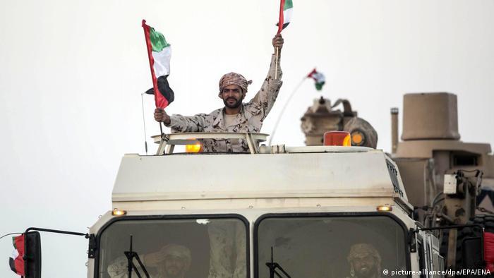 DW Exclusive Deutsche Waffen in Jemen SPERRFRIST 26.02.2019 20 Uhr VAE Soldaten Rückkehr (picture-alliance/dpa/EPA/ENA)