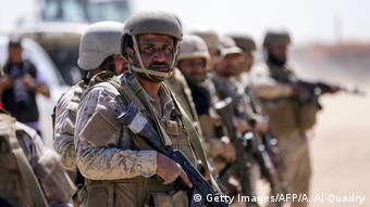DW Exclusive Deutsche Waffen in Jemen SPERRFRIST 26.02.2019 20 Uhr saudische Soldaten in Jemen