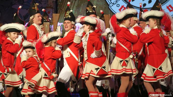 Rote Funken Köln Uniform